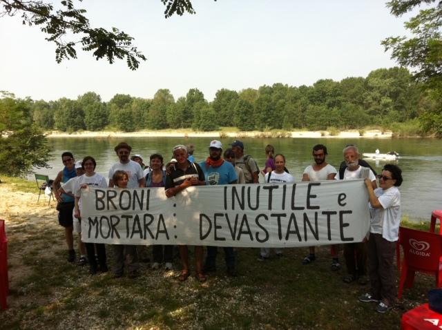 Contro l'autostrada Broni-Mortara