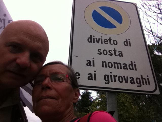 Sant'Angelo Lomellina - Ci dichiariamo nomadi e girovaghi (Laura e Tiziano)